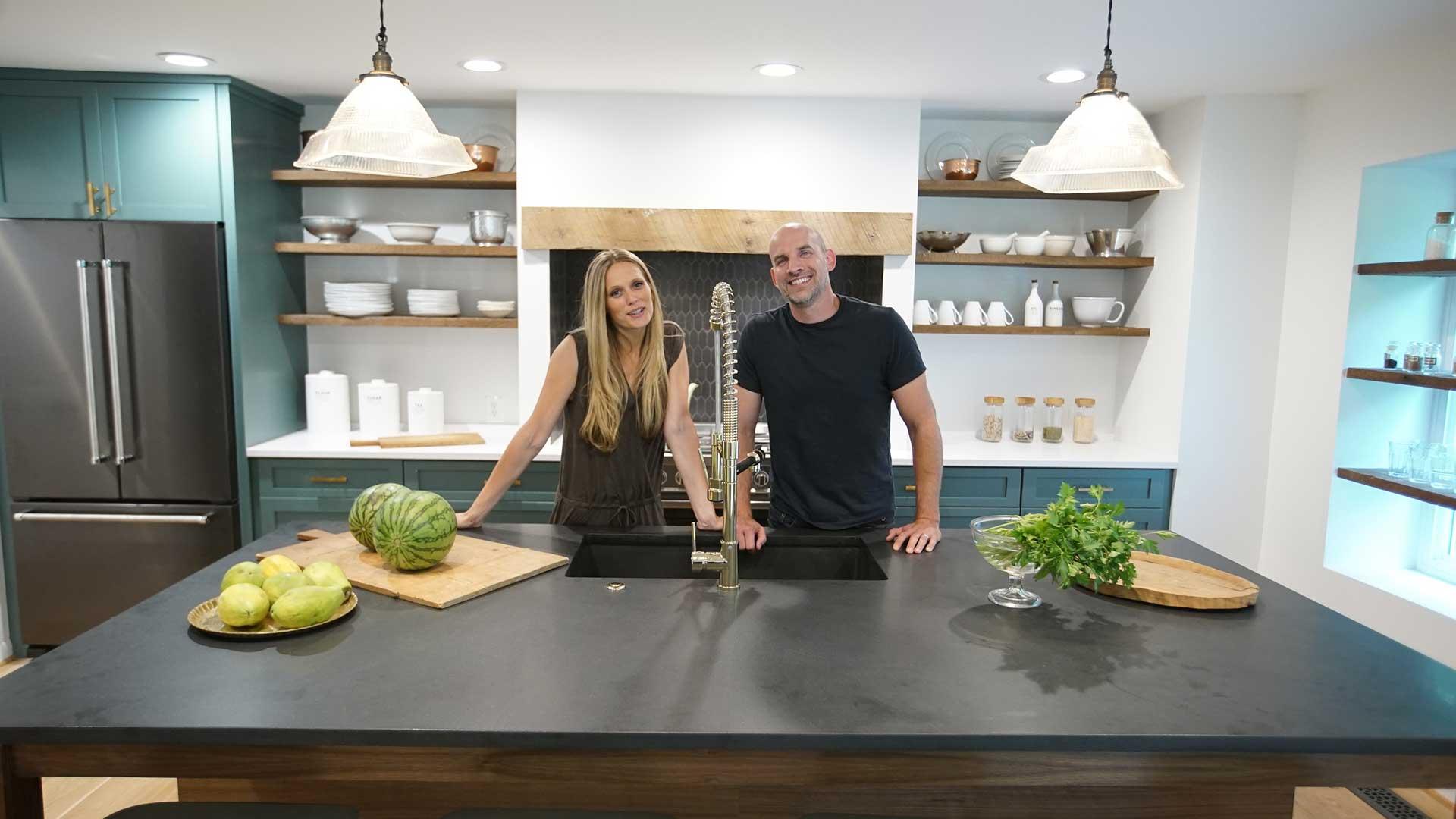 La pareja formada por Lauren y David Liess utiliza todos los recursos a su alcance para convertir anodinas propiedades en espectaculares casas cargadas de innovación