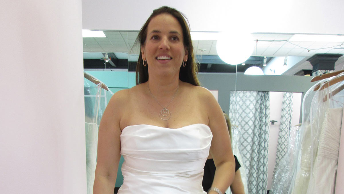 cae09ecfc2 Me pido este vestido. Las novias no pararán hasta dar con el vestido  perfecto · 1200 ...
